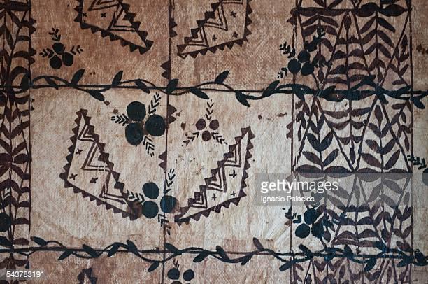 tapa cloth ngatu - tonga stock pictures, royalty-free photos & images