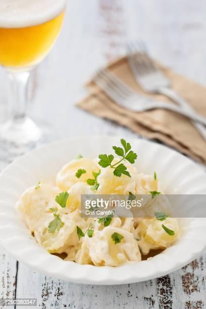 tapa of alioli potatoes - cris cantón photography fotografías e imágenes de stock