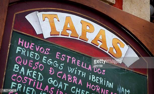 tapas, menu - cultura spagnola foto e immagini stock