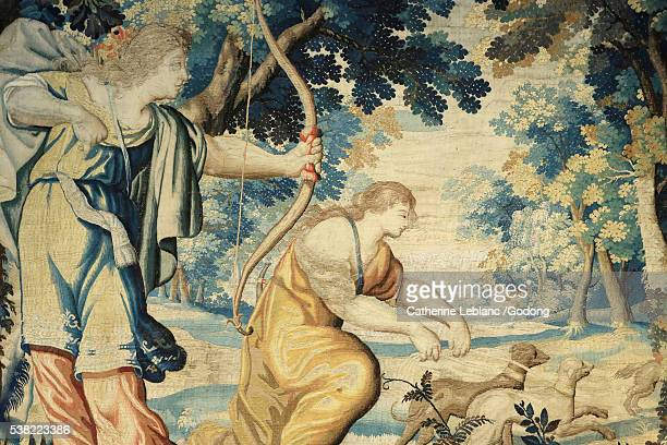 tapestry : history of diana. detail of one of five tapestries woven around 1630 in the parisian workshop of la planche. created after cartoons by toussaint dubreuil. house of muses. vaux-le-vicomte castle. - catherine toussaint photos et images de collection