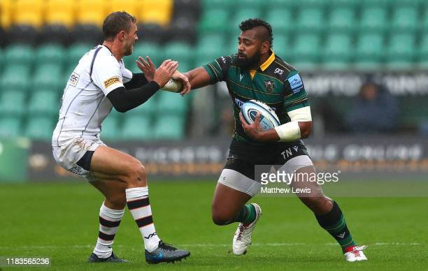 Taqele Naiyaravoro of Northampton Saints looks to break through the Worcester defence during the Gallagher Premiership Rugby match between...