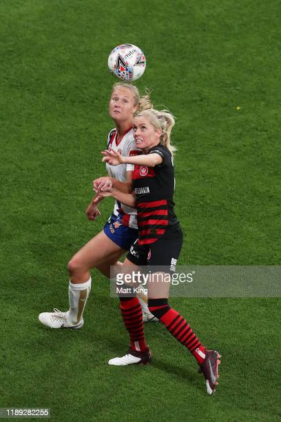 Tara Andrews of the Jets competes for the ball against Denise O'Sullivan of the Wanderers during the round 2 W-League match between the Western...