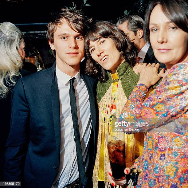 Tara Ferry Bella Freud and Lucy Birley are photographed at 5 Hertford Street which is home to the nightclub Loulou's for Vanity Fair Magazine on June...