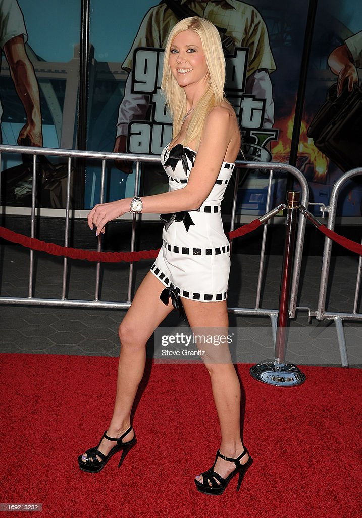 Tara Reid arrives at the 'Fast & The Furious 6' - Los Angeles Premiere at Gibson Amphitheatre on May 21, 2013 in Universal City, California.