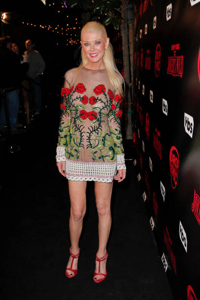 Tara Reid Star Of The Movie Urban Legend Is On Hand At
