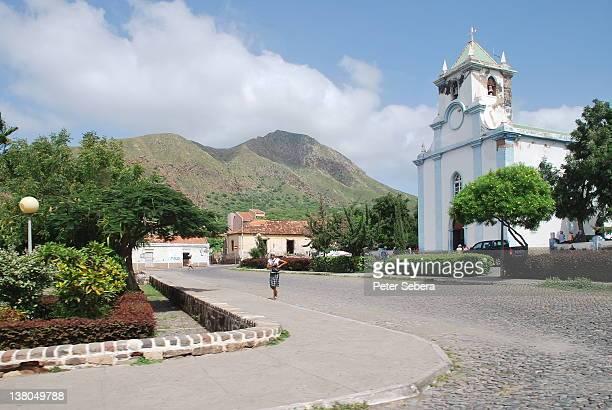 taraffal - igreja santo amaro - cabo verde fotografías e imágenes de stock
