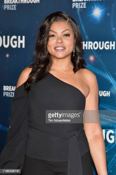 Taraji P. Henson attends the 2020 Breakthrough Prize Red Carpet at NASA Ames Research Center on November 03, 2019 in Mountain View, California.