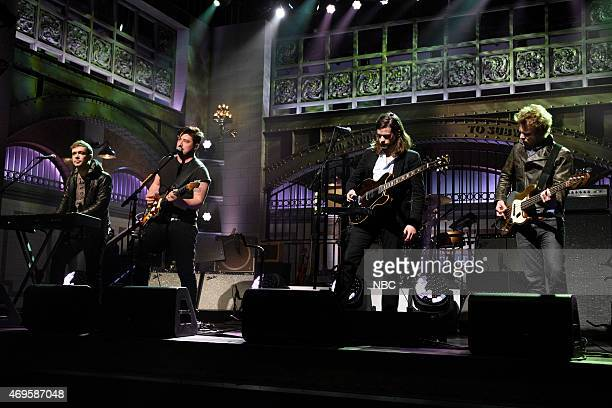 LIVE 'Taraji P Henson' Episode 1680 Pictured Ben Lovett Marcus Mumford Winston Marshall and Ted Dwane of musical guest Mumford Sons perform on April...