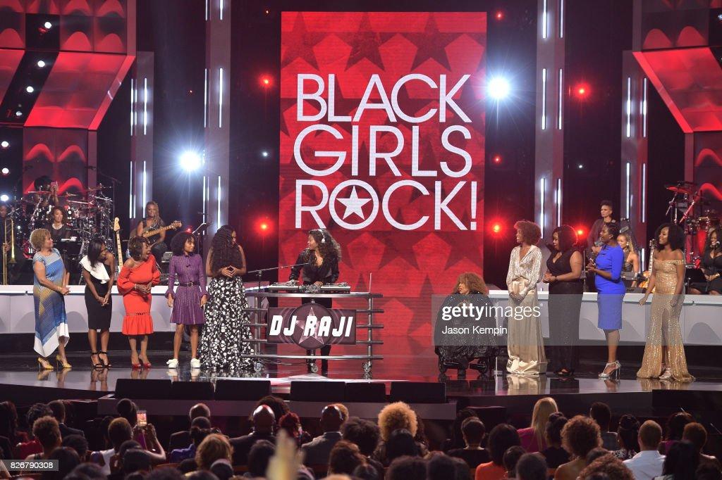 Taraji P. Henson performs onstage during Black Girls Rock! 2017 at NJPAC on August 5, 2017 in Newark, New Jersey.