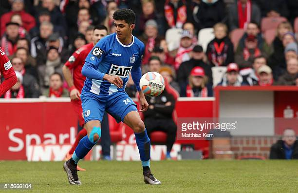 Tarek Chahed of Magdeburg runs with the ball during the third league match between FC Energie Cottbus and 1.FC Magdeburg at Stadion der Freundschaft...
