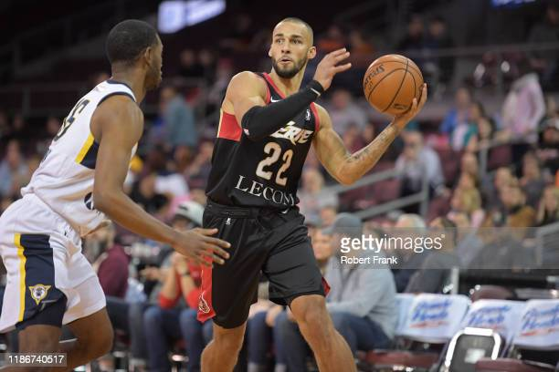 Taren Sullivan of the Erie BayHawks passes the ball against the Fort Wayne Mad Ants on December 5, 2019 at Erie Insurance Arena in Erie,...