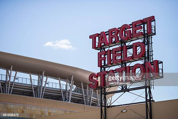 target field station sign - target field minneapolis - target field minneapolis stock pictures, royalty-free photos & images