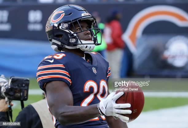 Tarik Cohen of the Chicago Bears scores a touchdown on a punt return in the second quarter against the San Francisco 49ers at Soldier Field on...