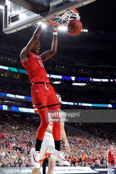Tariq Owens of the Texas Tech Red Raiders dunks the ball against the Virginia Cavaliers in the first half during the 2019 NCAA men's Final Four...