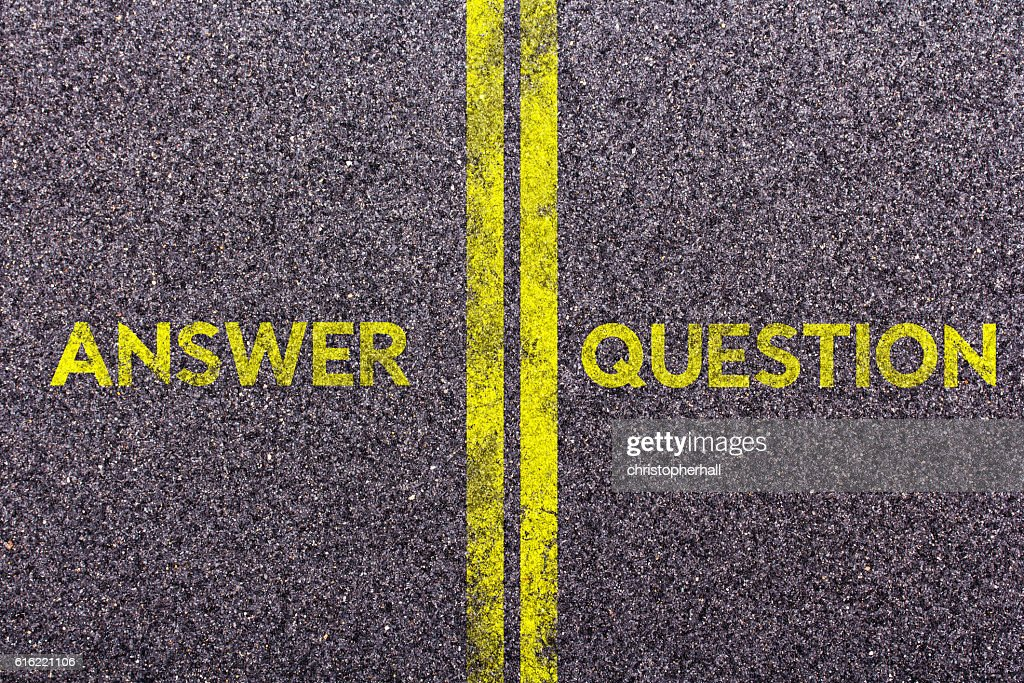 Tarmac with the words answer and question : Foto stock