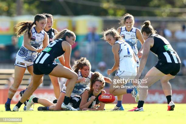 Tarni Brown of the Magpies handballs during the AFLW Finals Series match between the Collingwood Magpies and the North Melbourne Kangaroos at...