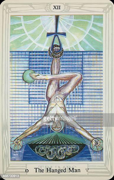tarjeta del tarot hanged hombre - aleister crowley fotografías e imágenes de stock