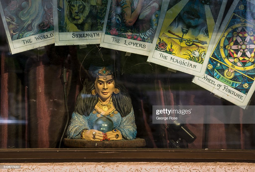 A tarot card/psychic reading storefront window on South Las Vegas