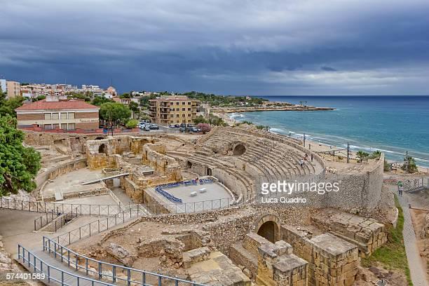 tarragona amphitheatre - provincia de tarragona fotografías e imágenes de stock