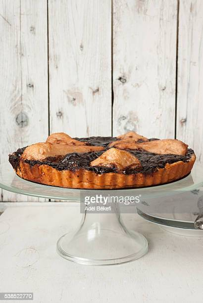 tart with pear and chocolate