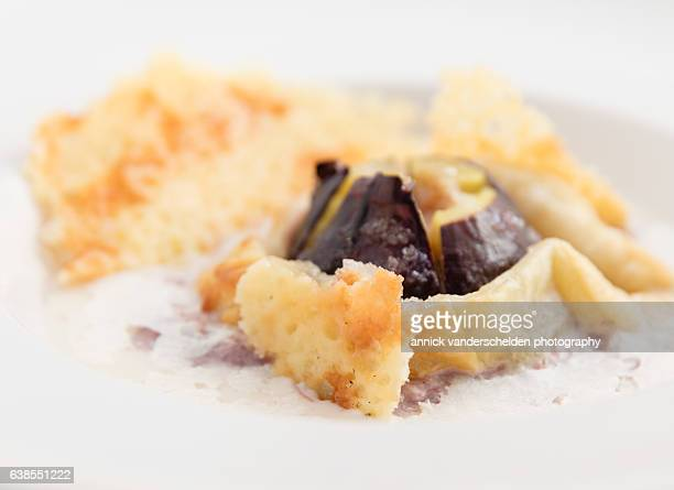 Tarte tatin of fig with espuma of cantal cheese. Crisp fried cantal cheese.