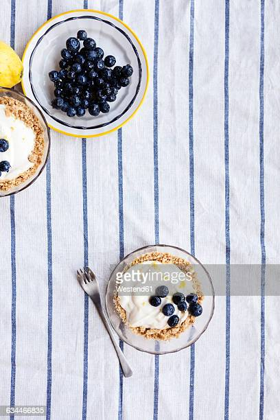 Tarts with lemon curd and blueberries