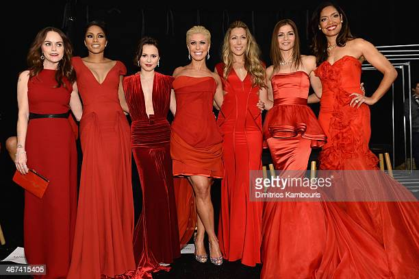 Taryn Manning Alicia Quarles Sasha Cohen Jill Martin Colbie Caillat Jill Hennessy and Gina Torres pose backstage at Go Red For Women The Heart Truth...