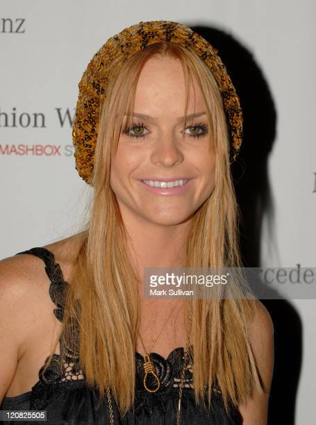 Taryn Manning during Mercedes-Benz Spring 2007 L.A. Fashion Week at Smashbox Studios - Arrivals - Day 2 at SmashBox Studio in Culver City,...