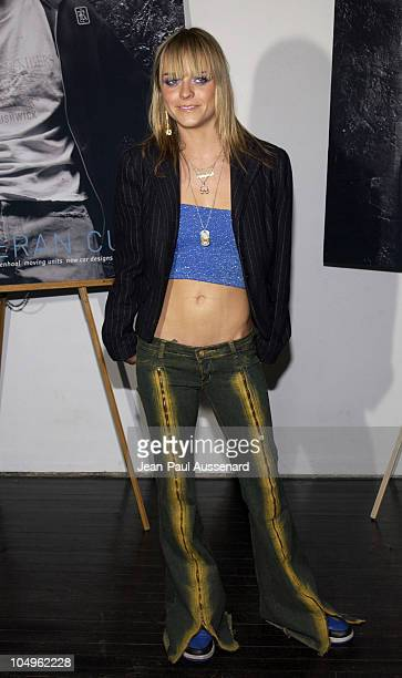 Taryn Manning of Boomkat during Rodriel Exhibit Opening at HQ Gallery in Hollywood California United States