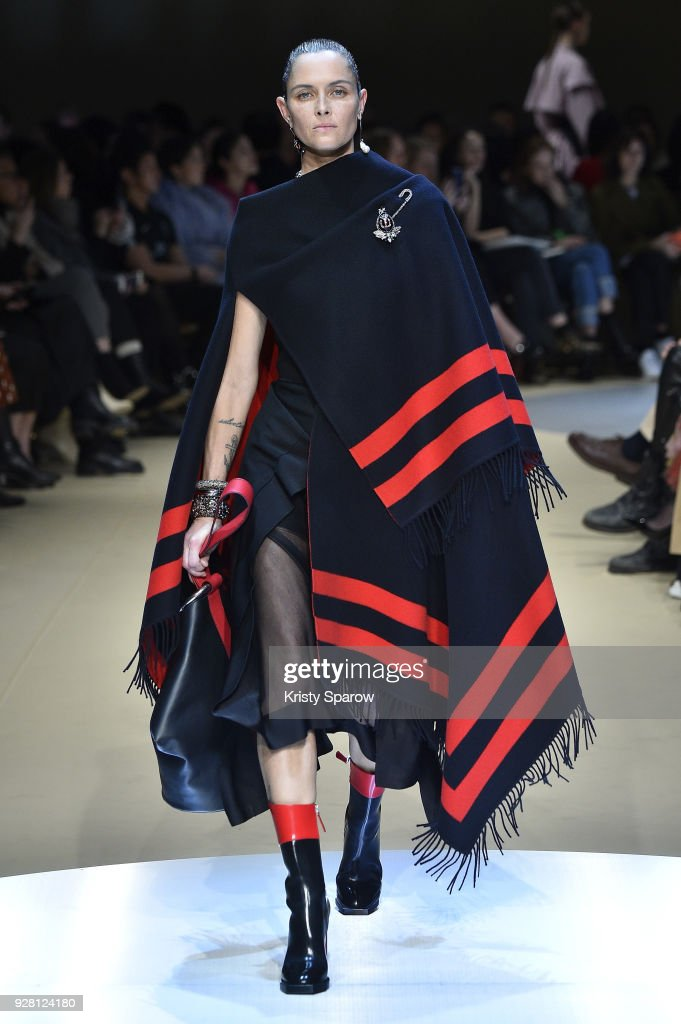 Tasha Tilberg walks the runway during the Alexander McQueen show as part of Paris Fashion Week Womenswear Fall/Winter 2018/2019 on March 5, 2018 in Paris, France.