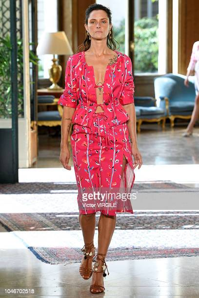 Tasha Tilberg walks the runway during the Altuzarra Ready to Wear fashion show as part of the Paris Fashion Week Womenswear Spring/Summer 2019 on...
