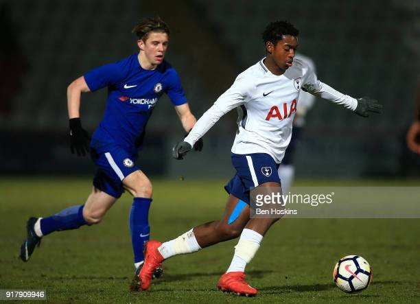 Tashan OakleyBoothe of Tottenham holds off pressure from Conor Gallagher of Chelsea during the FA Youth Cup match between Tottenham Hotspur and...