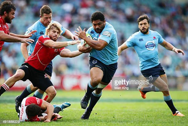 Tatafu Polota Nau of the Waratahs makes a break during the round 14 Super Rugby match between the Waratahs and the Lions at Allianz Stadium on May 18...