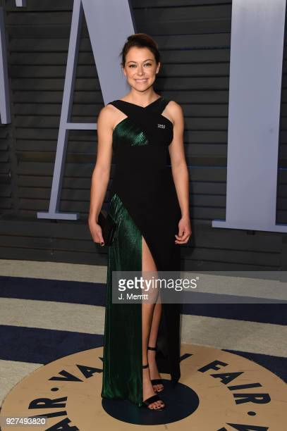 Tatiana Maslany attends the 2018 Vanity Fair Oscar Party hosted by Radhika Jones at the Wallis Annenberg Center for the Performing Arts on March 4...