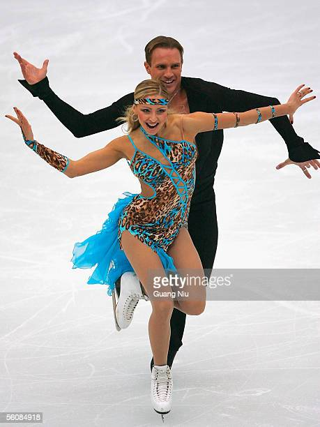 Tatiana Navka and Roman Kostomarov of Russia in action during the 2005 China Figure Skating Championship for the ice dancing at Capital Gymnasium on...