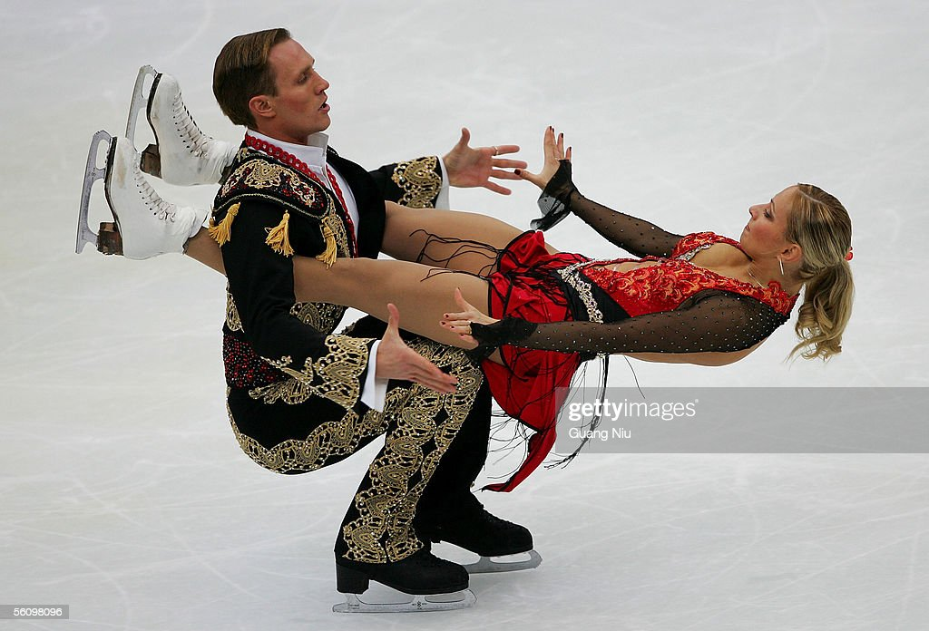 Tatiana Navka (R) and Roman Kostomarov of Russia in action in action during the 2005 China Figure Skating Championship for the ice dancing at Capital Gymnasium on November 5, 2005 in Beijing, China. Navka and Kostomarov won the event.