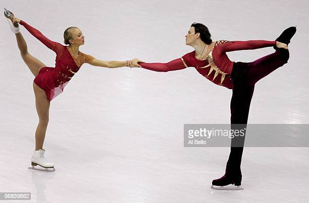 Tatiana Totmianina and Maxim Marinin of Russia compete in the Pairs Free Skating Figure Skating during Day 3 of the Turin 2006 Winter Olympic Games...