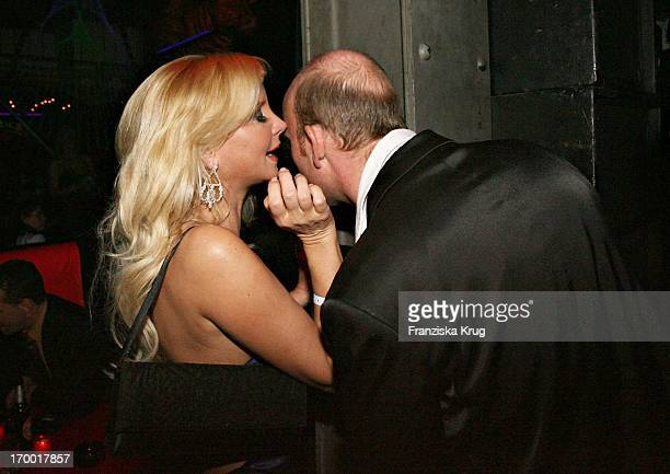 Tatjana Gsell with a friend at the aftershow party in the Kit Kat Club after the premiere of Basic Instinct 2 In Berlin On 220306