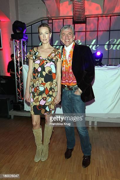 Tatjana Patitz Und Ted Linow Beim Gala Style Club Unter Dem Motto Where Fashion Meets Music Im Elbdock In Hamburg