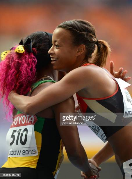 Tatjana Pinto Lofamakanda of Germany congratulate ShellyAnn FraserPryce of Jamaica after the Women's 100m semifinals at the 14th IAAF World...