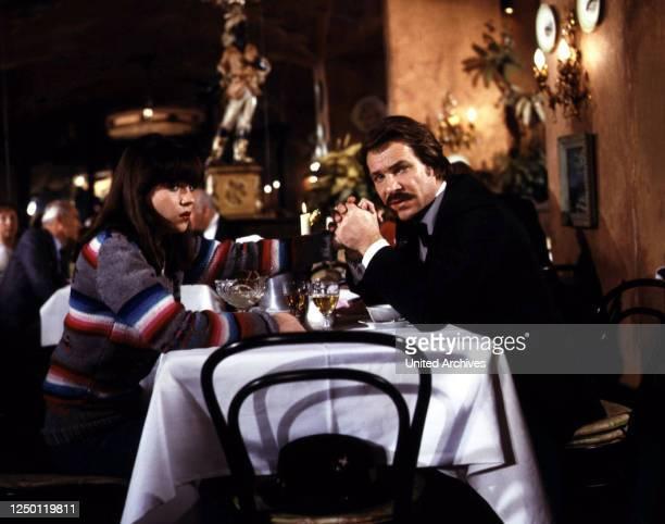 Tatort Das Mädchen auf der Treppe D 1988 Regie Peter Adam ANJA JAENICKE GÖTZ GEORGE