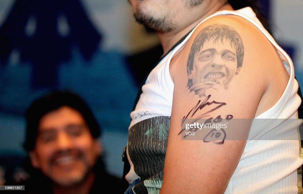 Diego Maradona Tattoo Rücken