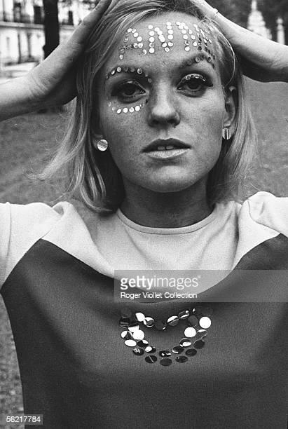 Tattoo with glitter Annie Nightingale the first british woman DJ France 19651968