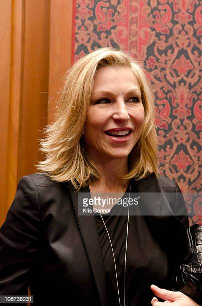 Tatum O'Neal poses for photographers during the Farrah Fawcett Memorabilia Donation at the Smithsonian National Museum Of American History on...