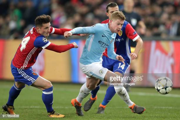 Taulant Xhaka of FC Basel Kevin de Bruyne of Manchester City Valentin Stocker of FC Basel during the UEFA Champions League match between Fc Basel v...