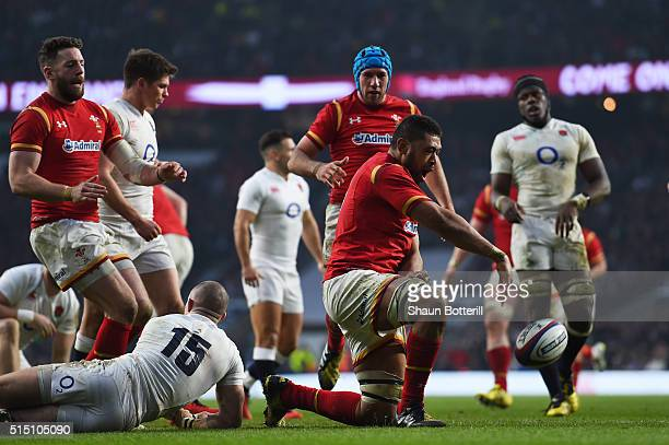 Taulupe Faletau of Wales celebrates scoring his team's third try during the RBS Six Nations match between England and Wales at Twickenham Stadium on...