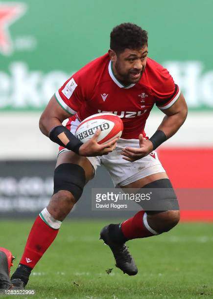 Taulupe Faletau of Wales runs with the ball during the 2020 Guinness Six Nations match between Wales and Scotland at Parc y Scarlets on October 31,...