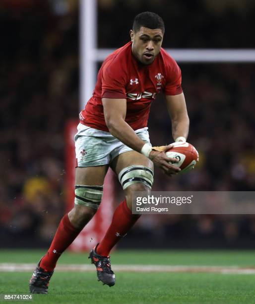 Taulupe Faletau of Wales runs with the ball during the rugby union international match between Wales and South Africa at the Principality Stadium on...