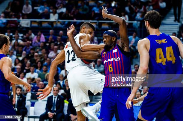 Tavares and Chris Singleton during the Liga Endesa match between Real Madrid and FC Barcelona Lassa at Wizink Center on March 24 2019 in Madrid Spain