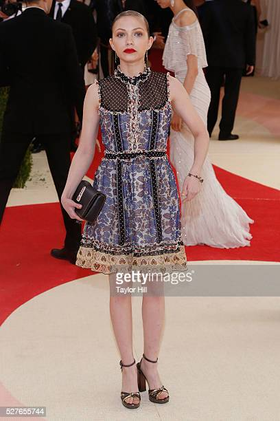 Tavi Gevinson attends Manus x Machina Fashion in an Age of Technology the 2016 Costume Institute Gala at the Metropolitan Museum of Art on May 02...
